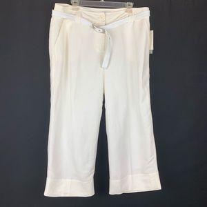 🌹NWT. Emma James Linen Cropped Pants. Size 16